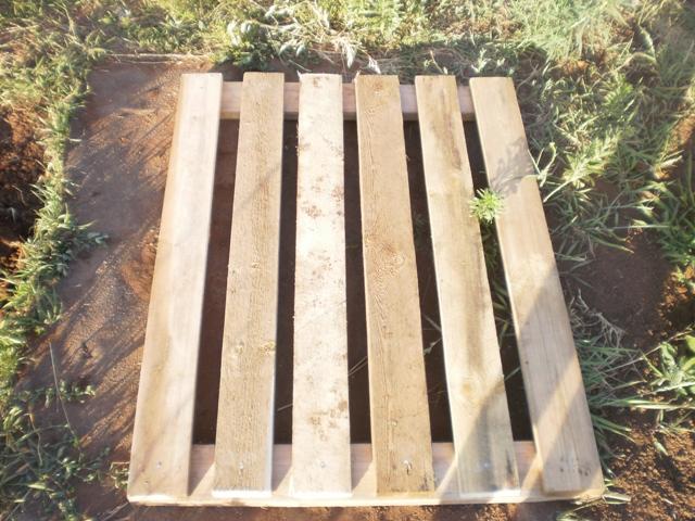 Как построить душ на даче своими руками из поддонов